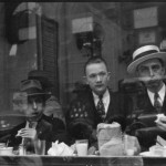 Men+Eating+at+Lunch+Counter+Window,+Lexington+Avenue,+New+York+City+1929-30